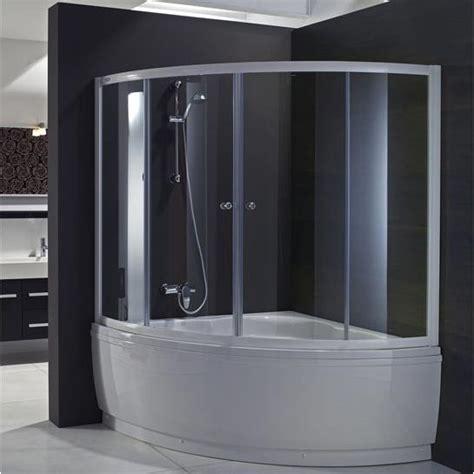bagno con vasca ad angolo bagno con vasca ad angolo cerca con bagno