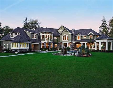 large luxury home plans 25 best ideas about houses on big houses