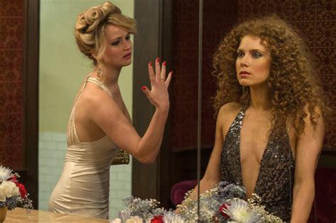american hustle bathroom scene amy adams says the american hustle bathroom kiss was her