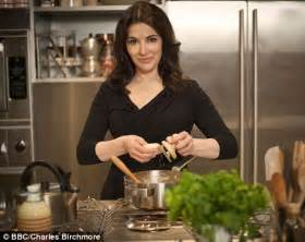 cuisine tv programmes is nigella you tv cookery shows us tuck
