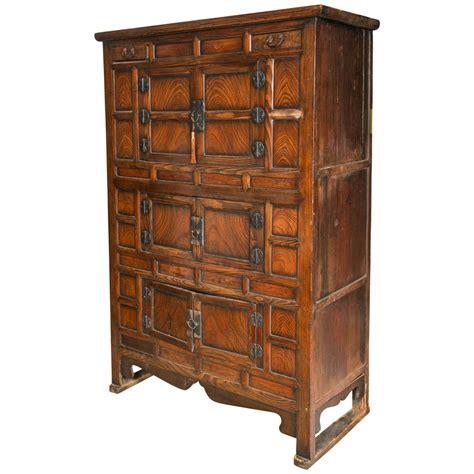 Korean Cabinet Furniture by 19th C Antique Korean Tansu At 1stdibs