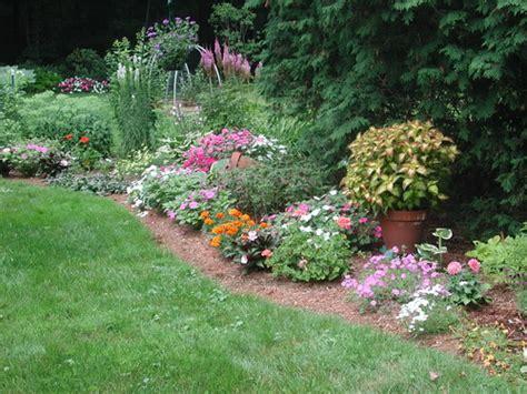 vegetable garden fertilizer recommendations fertilizing flower garden plants center for agriculture