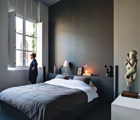 dunkle farbe schlafzimmer ideen wandgestaltung mit dunklen farben 15 wirkungsvolle