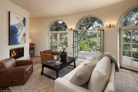 jeff bridges house jeff bridges lists his montecito villa for 29 5million daily mail online