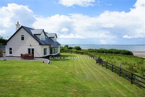 cottages ireland rent waterfront cottage for rent in ireland kerry villa