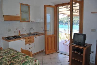elicriso cucina appartamenti costa sole all isola d elba a marina di