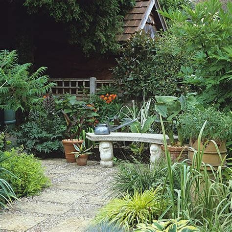 garden with small courtyard garden design decorating