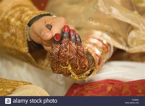 braut rituale bengali wedding stockfotos bengali wedding bilder alamy