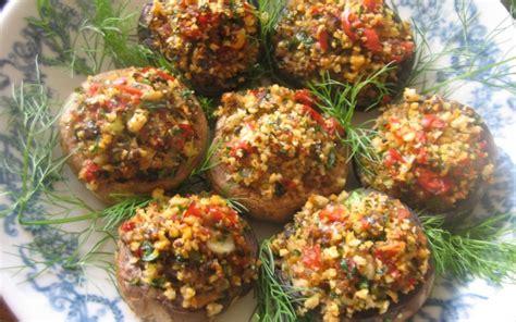 funghi bambini alimentazione bambini e funghi quando possono mangiarli cibimbo