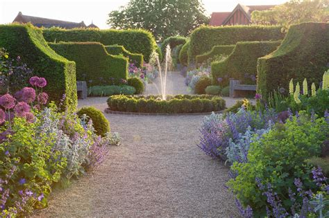 For The Garden Garden Of The Week Arundel Castle The