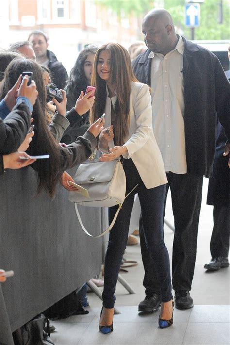 Splurge Selena Gomezs Bbc Radio 1 Giuseppe Zanotti Fall | splurge selena gomez s bbc radio 1 giuseppe zanotti fall