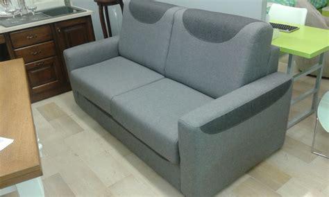 aerre divani prezzi divano aerre salotti modello vivaldi tessuto divani a