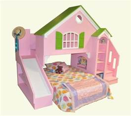 Bunk Bed For Toddlers Cottage Bunk Beds With Slide Lots Of Neat Built Ins For Beds On This Site