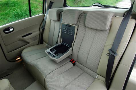 renault megane 2009 interior renault megane hatchback 2006 2009 photos parkers