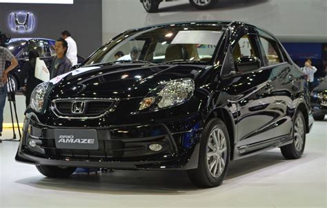 Grille Honda Brio 2016 Carbon Limited honda presents the amaze sedan with a sporty modulo kit