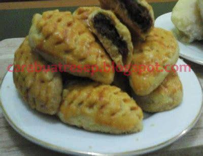kue bolu kukus dewi lestari s blog cara membuat kue durian khas makassar resep masakan