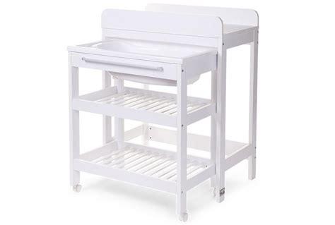 table a langer avec baignoire childwood catgorie meubles langer du guide et comparateur d achat
