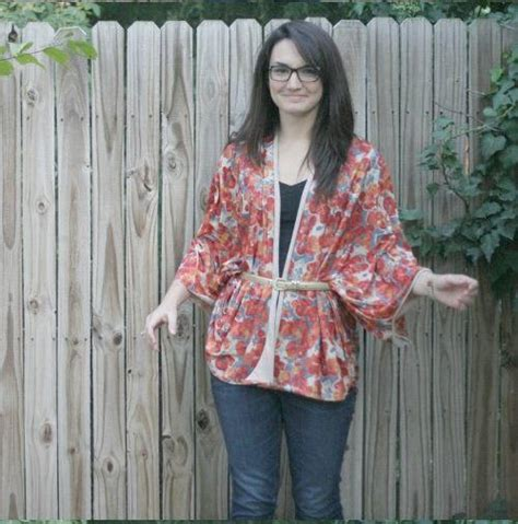 kimono pattern tutorial one yard kimono top tutorial allfreesewing com