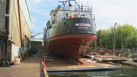 northwestern fishing boat jobs f v wizard deadliest catch naknek sea gal salty dog web
