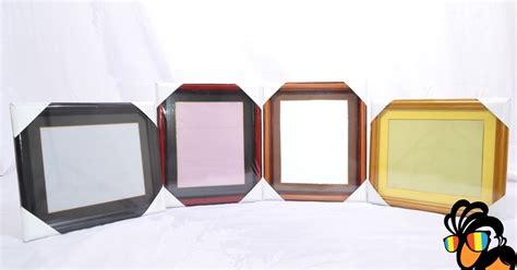 Jam Dinding Blok Frame One Direction amiko digital studio surabaya amiko pusat penjualan pigura jual pigura kayu untuk foto murah