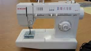 Good Sewing Machine For Beginner Previously Loved Singer 5830c Sewing Machine