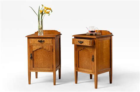 Silky Oak Bedside Cabinet   Door/Drawer   Lacewood Furniture