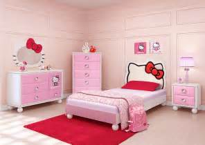 Najarian hello kitty bedroom set