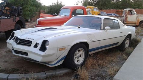 chilton s chevrolet chevy gmc camaro 1967 1979 repair tune up guide mechanic for sale four on the floor 1979 chevrolet camaro z28