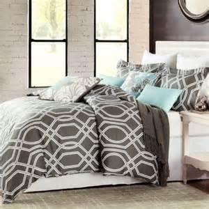 max studio modern geometric quatrefoil trellis pattern