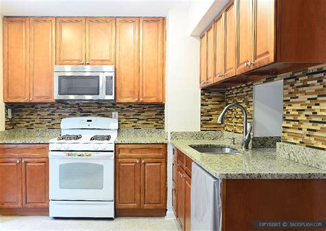 backsplash for brown cabinets 6 new venetian gold granite brown cabinet backsplash tile