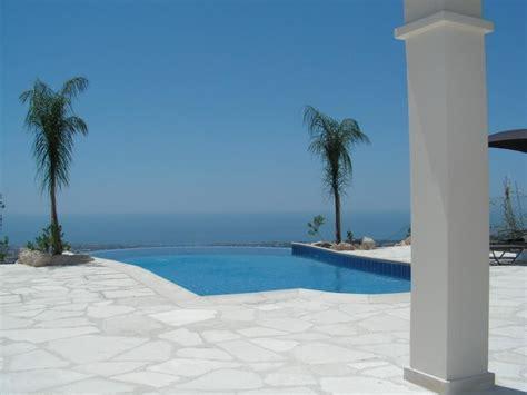 luxury  bedroom villa  private infinity pool