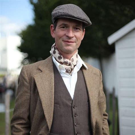 rakish guide  dressing  goodwood revival