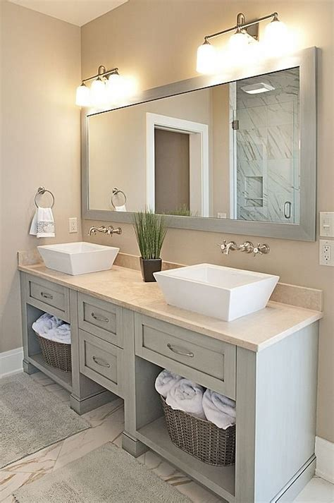 Master Bathroom Vanity Ideas by 25 Best Ideas About Bathroom Mirrors On Pinterest