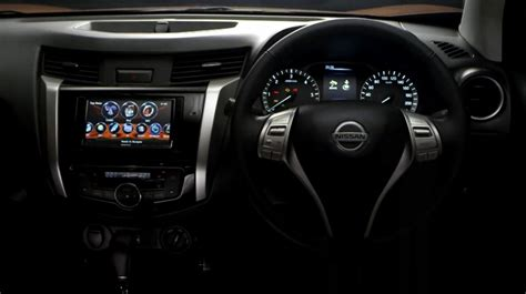 nissan navara 2015 interior 2015 nissan navara interior exterior revealed in new videos