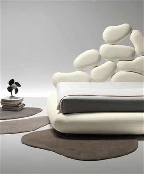 sofa für schlafzimmer schlafzimmer renovieren im landhausstil