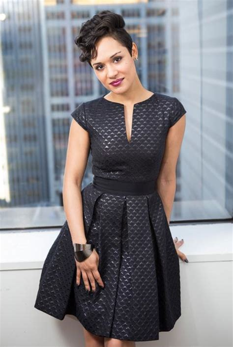 anikas hair looks from empire quot empire quot star grace gealey gives 5 reasons to tune in