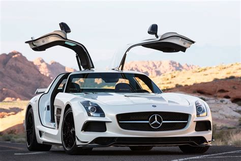 Mercedes AMG will give new life to the V12 engine via a halo supercar