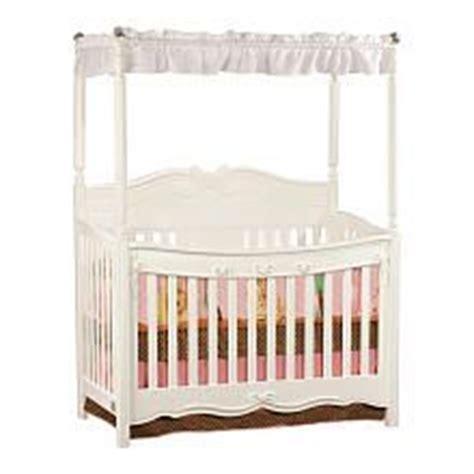 Delta Springtime Lifetime Crib by