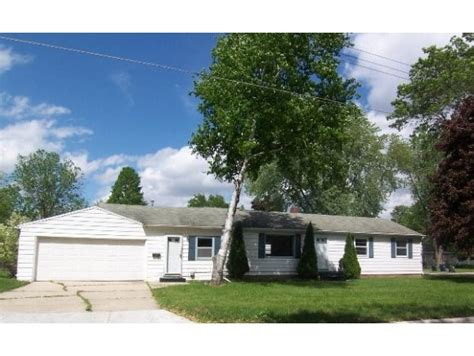 631 e mission rd green bay wisconsin 54301 foreclosed