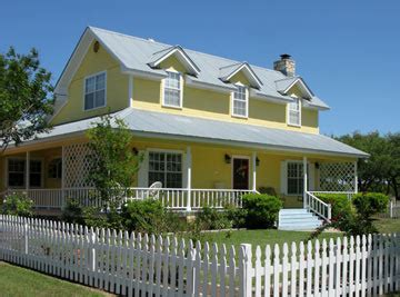 yellow and white houses how to figure out a house s exterior color scheme