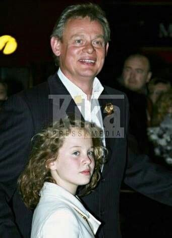 emily martin actress martin clunes s daughter emily clunes wow image