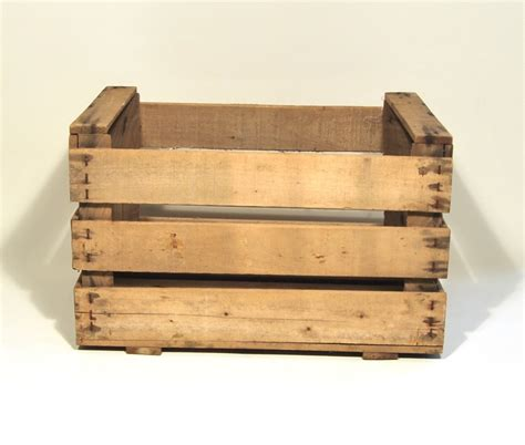 decorar cajas de madera de frutas manualidades con cajas de madera para decorar tu casa 171 a
