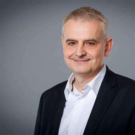 Carsten Becker Selbstst 228 Ndiger Finanzberater F 252 R Die