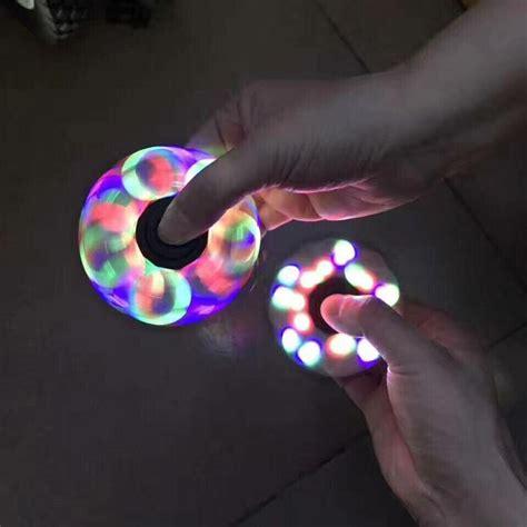 Fidget Spinner Dengan Lu Led by Jual Beli Termurah Led Fidget Spinner Tri Spinner Edc