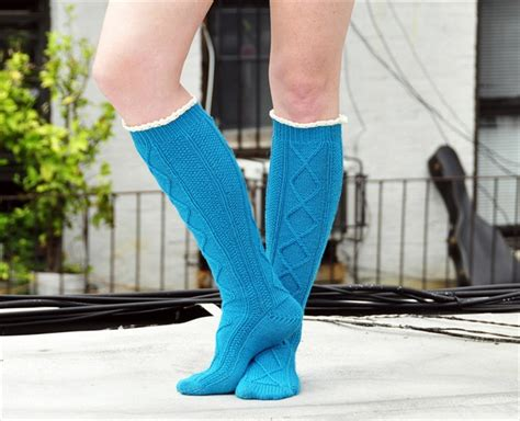 diy cable knit socks 15 crochet knit pattern for knee socks diy to make