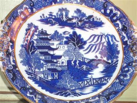 willow pattern with gold trim steventon john son willow blue scallop gold trim at