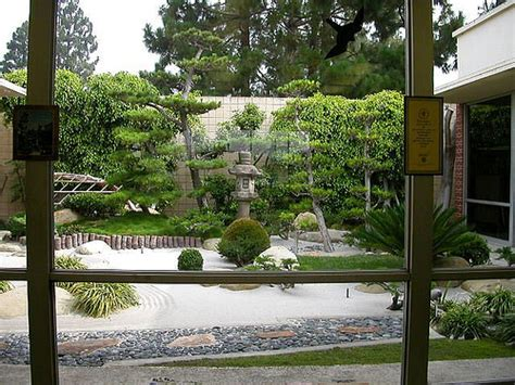imagenes de jardines interiores modernos uno de jardines zen decorar tu casa es facilisimo com