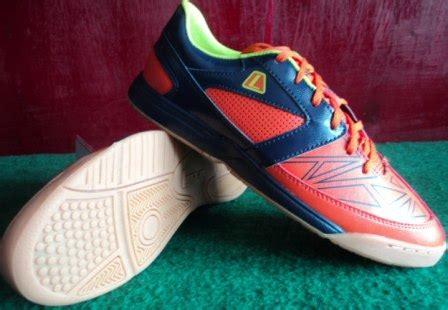 Sepatu Bola League Original sepatu bola original league gioro 2 fraction sepatu