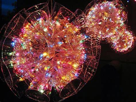sfere con bicchieri di plastica agenda di margherita come fare delle sfere luminose con i