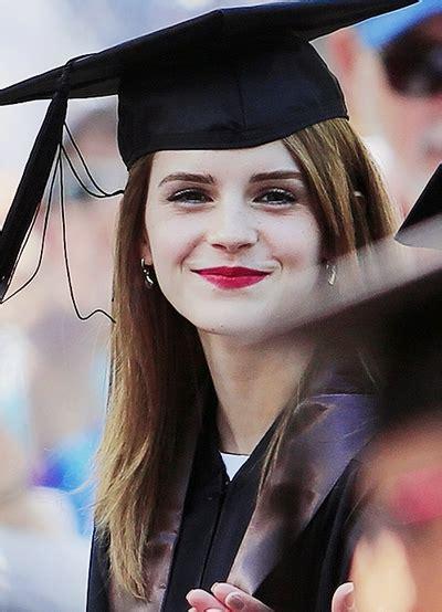 ideas  short hairstyles  graduation cap